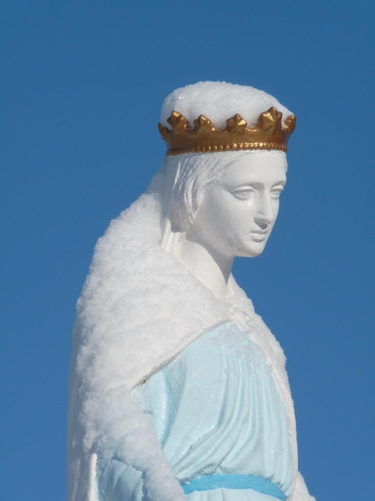 Vierge enneigée à Cormaranche