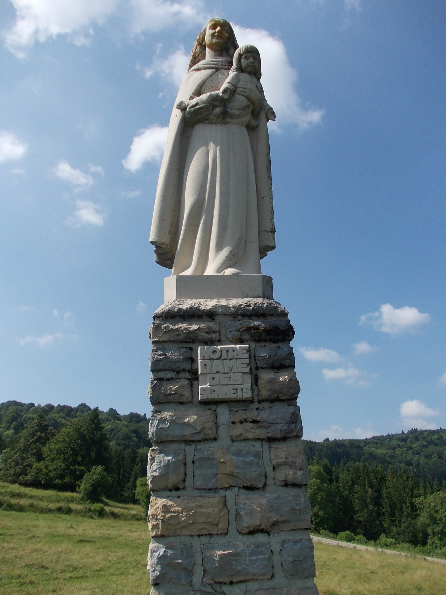 Vierge de Corcelles Notre Dame des sommets