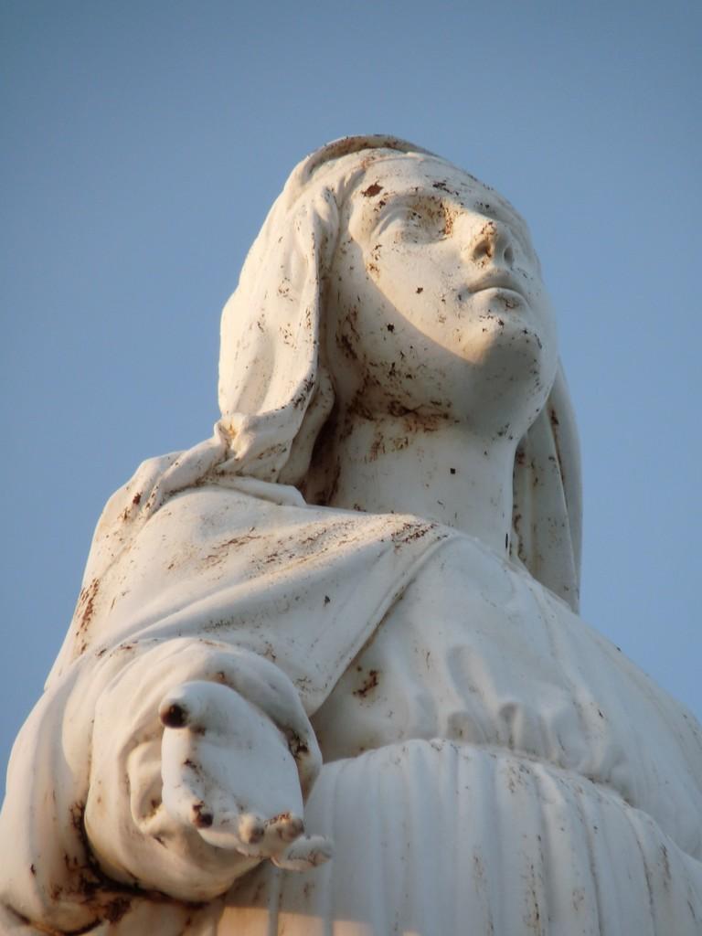 Vierge de Lacoux