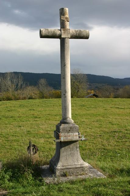 Croix de l'entrée Nord de Corcelles