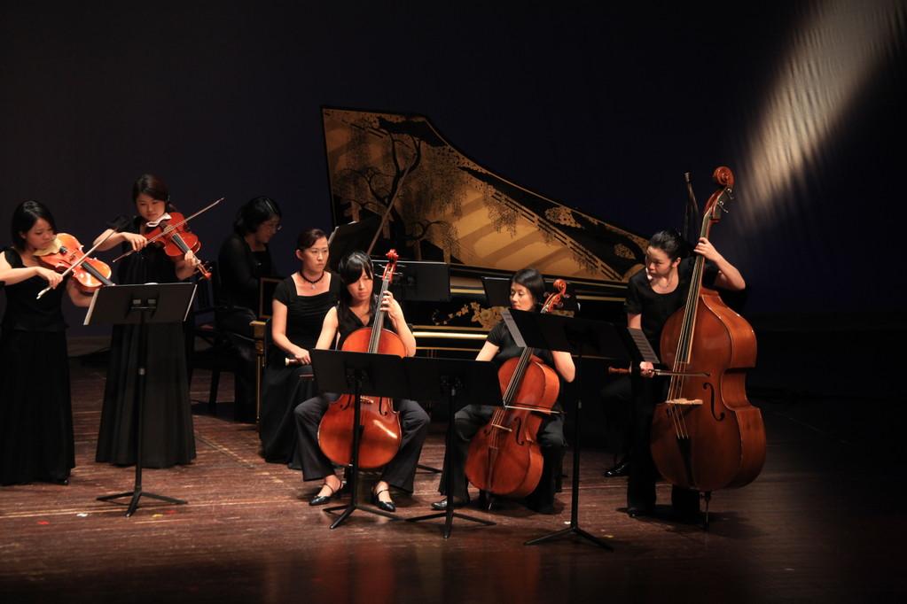 低弦の皆さま・・・バロックチェロ、コントラバス、そしてチェンバロ・・・