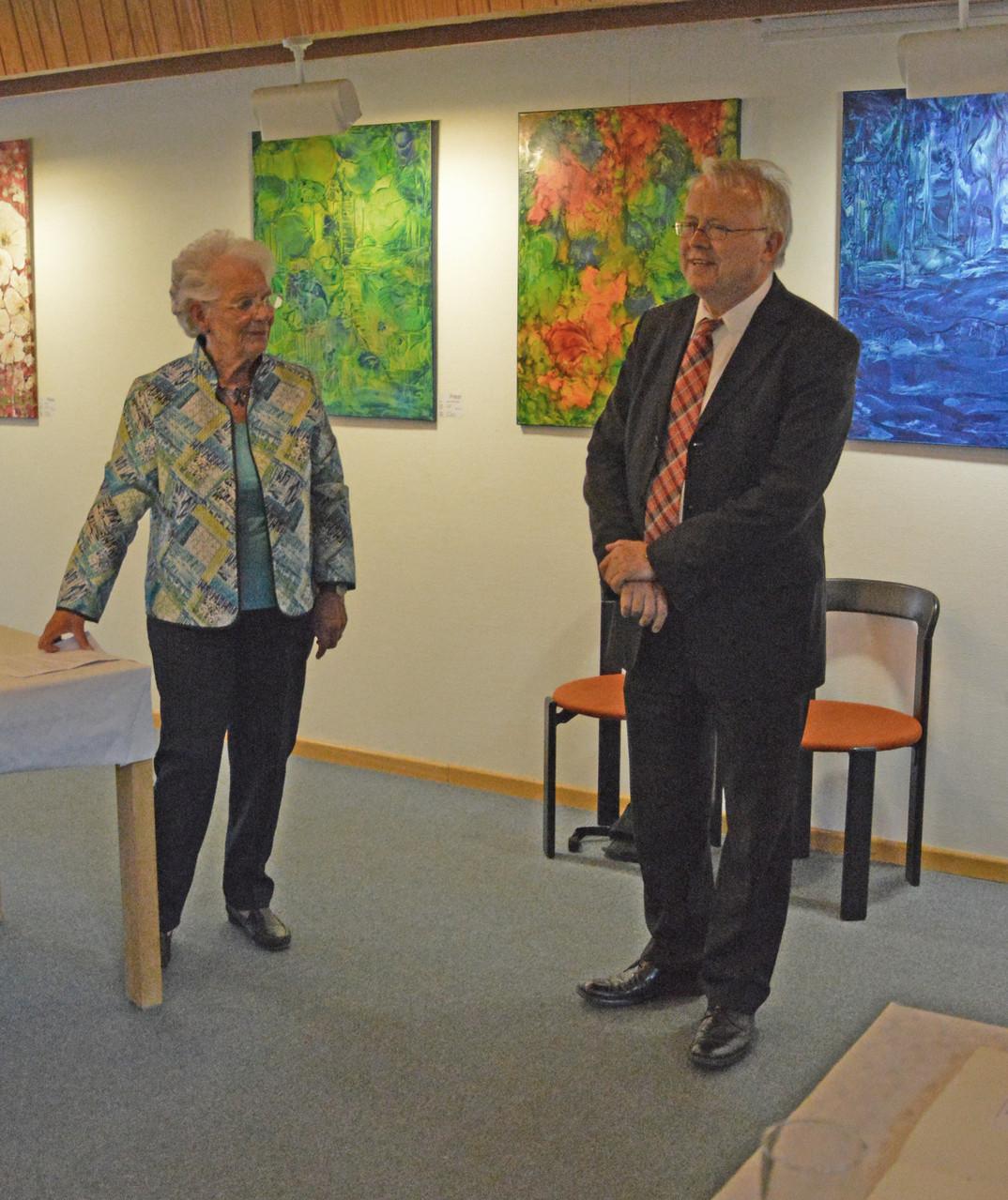 Renate Keller und Bürgermeister Brum