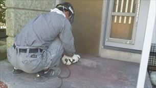 玄関ドア歪み修正・ポーチ塗替え滑り止め