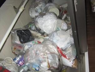 ゴミ屋敷片付け
