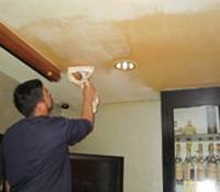 お店の天井掃除