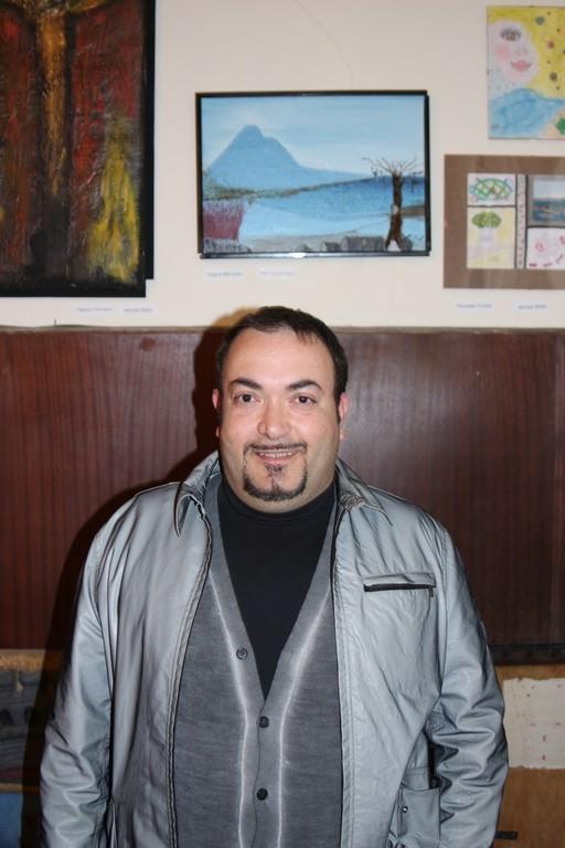 l'artista Marcello Ulinao