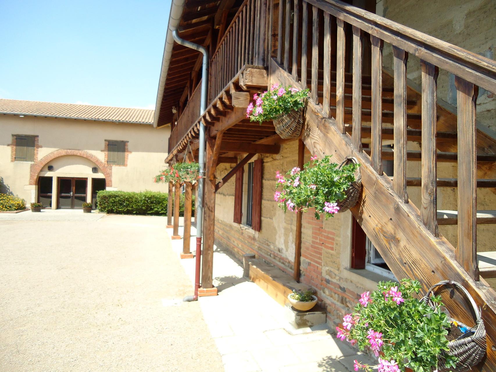 escalier pour accès à l'étage