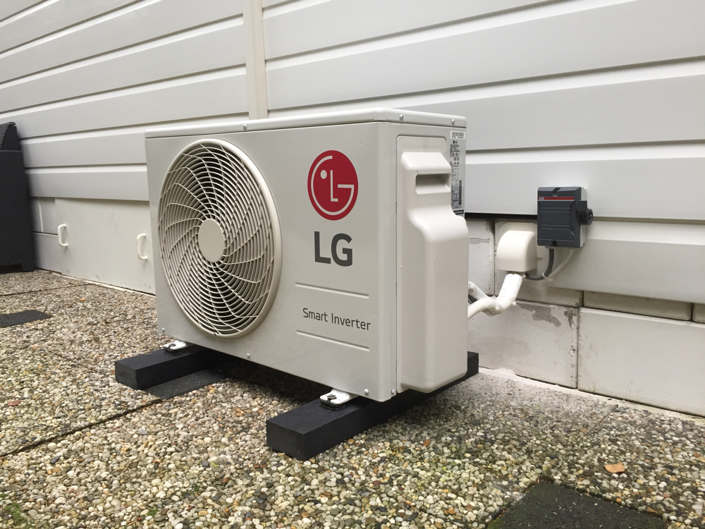 LG airconditioning gemonteerd