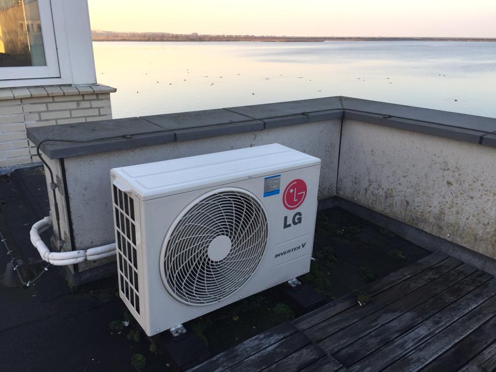 Airconditioning geplaatst.
