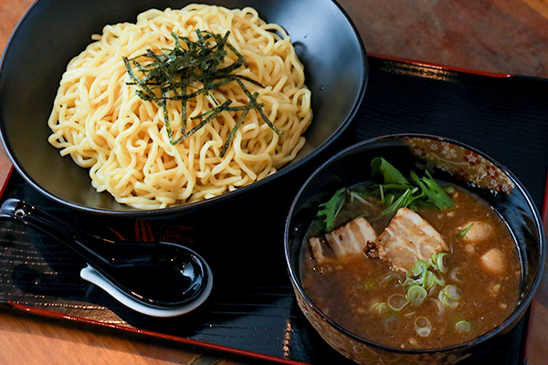 濃厚魚介系鶏つけ麺