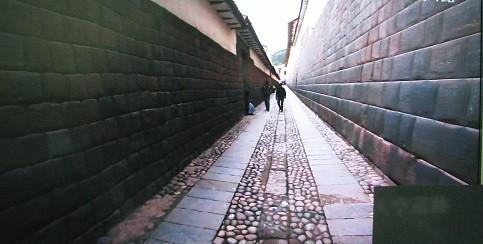 ペルークスコの石積み