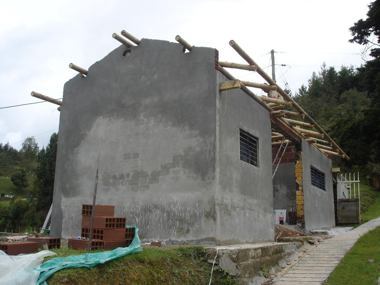 Comenzando estructura de techo