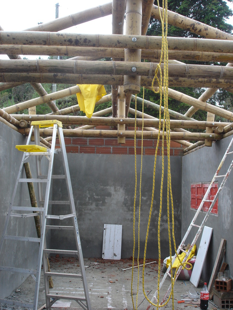 Haciendo estructura de techo