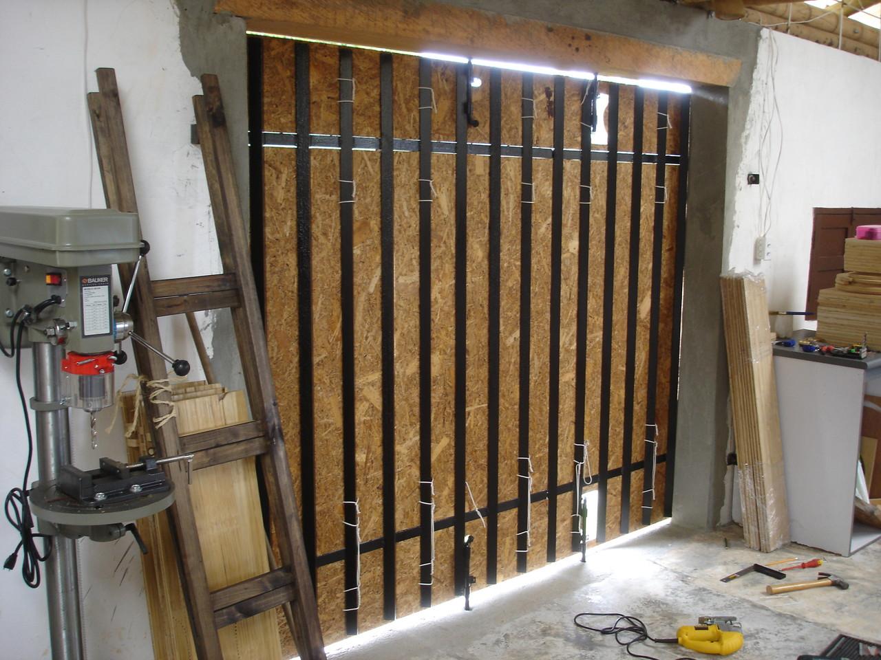 Cubierta en OSB de la puerta de acceso