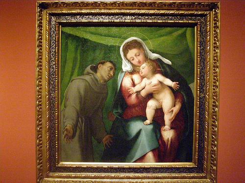 Lorenzo Lotto.La Virgen con Niño y S. Francisco.1540.Con su dramatismo,los personajes revelan sus emociones a través de los gestos,típico del Cinqueccento.Ambas figuras conforman un arco,intimidad llena de afecto,sentimientos propio de la devoción privada