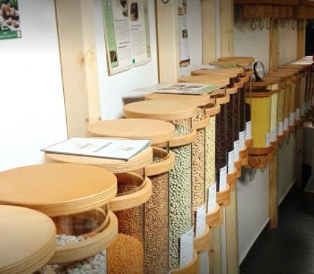 Unverpackt sind die Lebensmittel im Wohlgefühl Ravensburg eine nachhaltige Einkaufsmöglichkeit