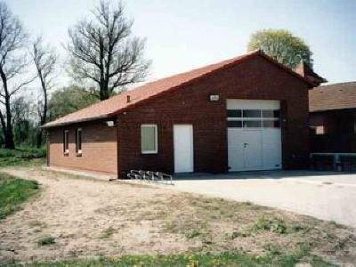 Ein Gerätehaus für die Freiwillige Feuerwehr ... ein modernes Gebäude mit moderner Ausstattung ist ein wichtiger Faktor für die Pflege der Technik und erfolgreiche Einsätze.