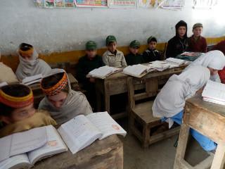4年生と5年生はムスリム小学校で勉強
