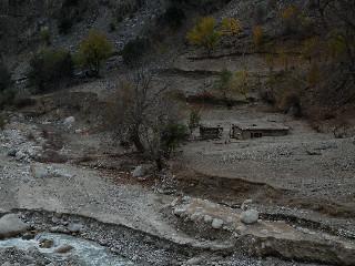 埋もれたプイスタンの家