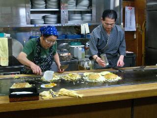 広島のお好み焼き(焼きそば入り)は生まれて初めて食べた。