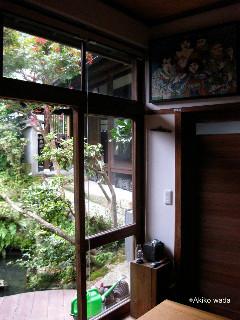 佳世さんたちが宿泊した宿、「続異人館」オーナーがアーティストなので、日本の良い所を生かしながらも新しい発想を取り入れた宿。