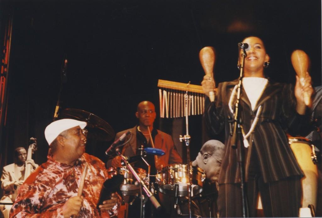 Jorge, Silvano y Barbarita en la Tarima
