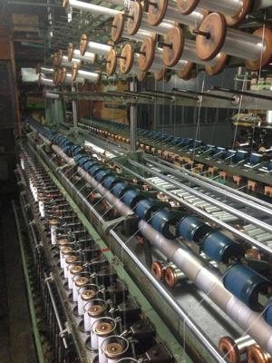 撚糸機と糸巻き3