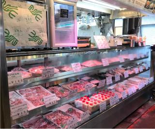 鳥肉一筋100余年。 京都老舗旅館・料亭御用達の合鴨肉鶏肉専門店です。