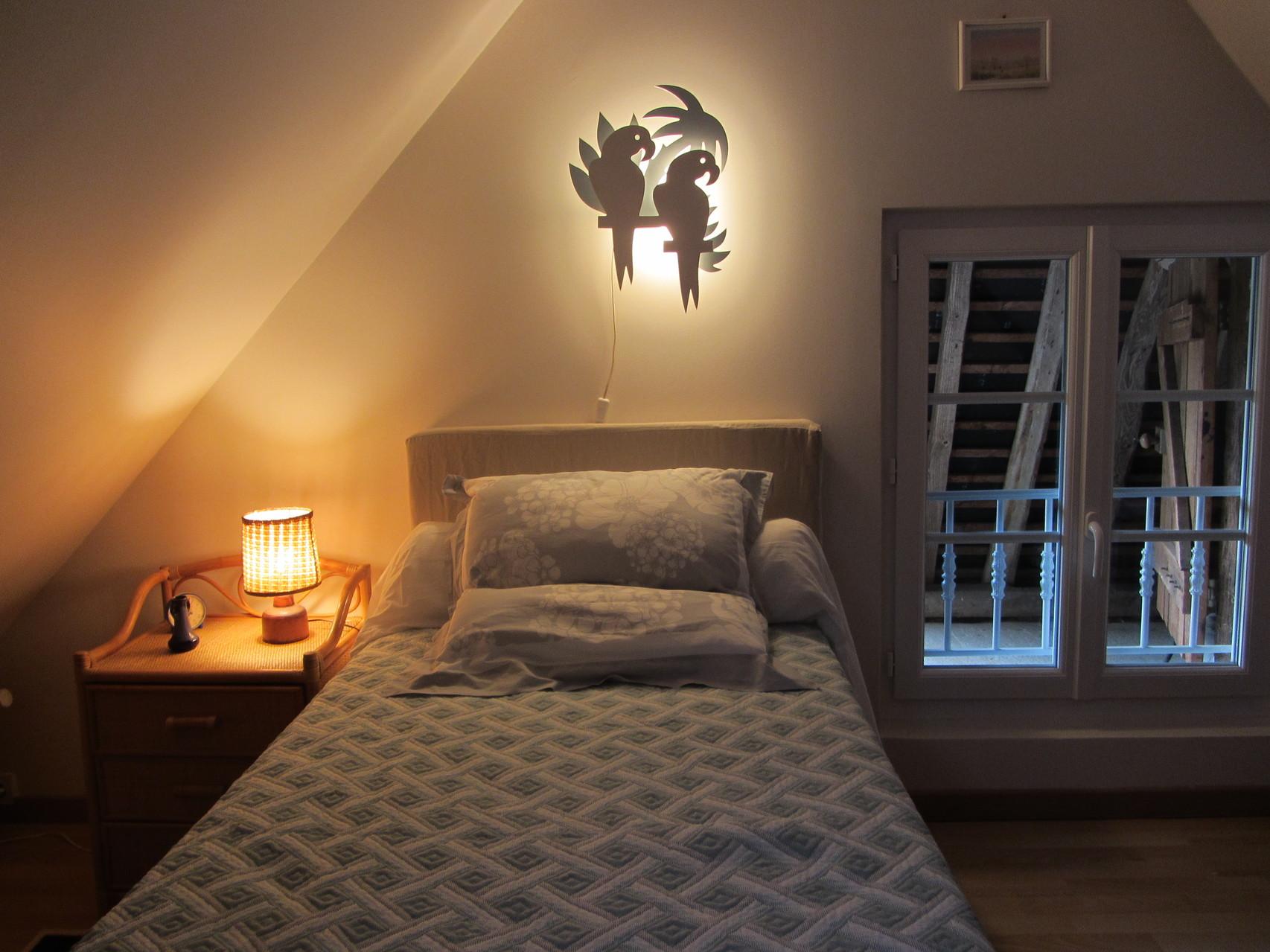 Etage - Chambre 2 - lit 90 x 190