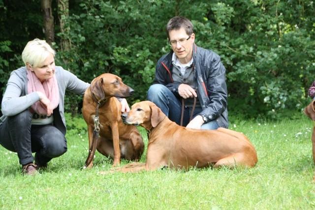 Chari und Asali mit Christiane und Stefan