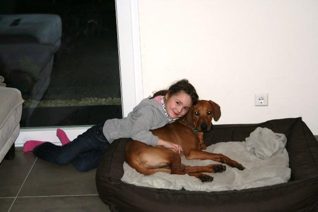 Auch bei Mirja sind dicke Tränen geflossen. Doch hergeben möchte sie ihren lieb gewonnen Hund keinesfalls mehr.