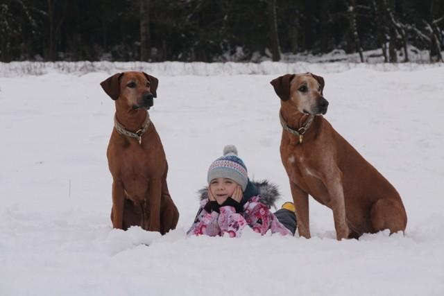 Danke Lea, sie kann nicht nur gut mit den Hunden, sondern auch mit der Kamera umgehen.