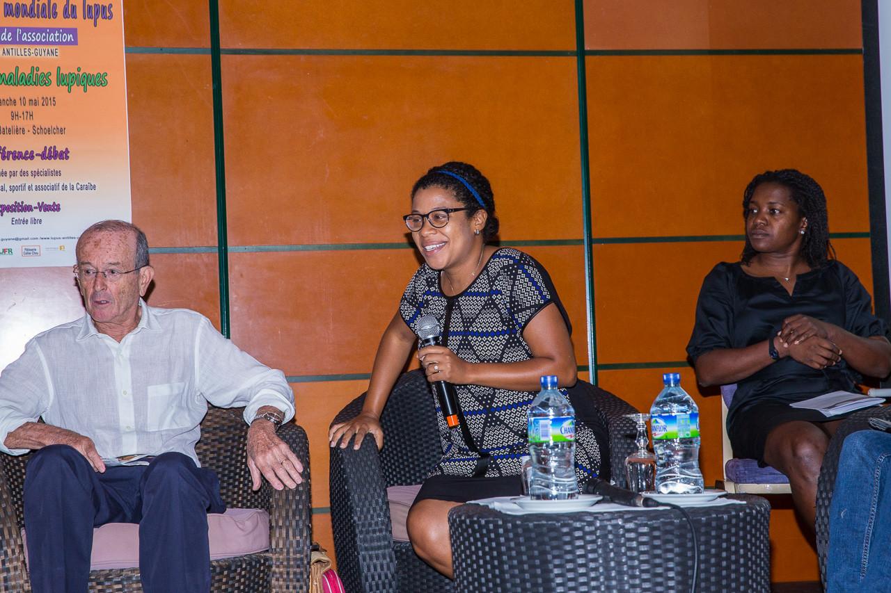 Le Dr Katleen POLOMAT infome le public sur les causes et l'évolution de la maladie, les facteurs de risques et les mesures de préventions, les immuno-suppresseurs utilisés