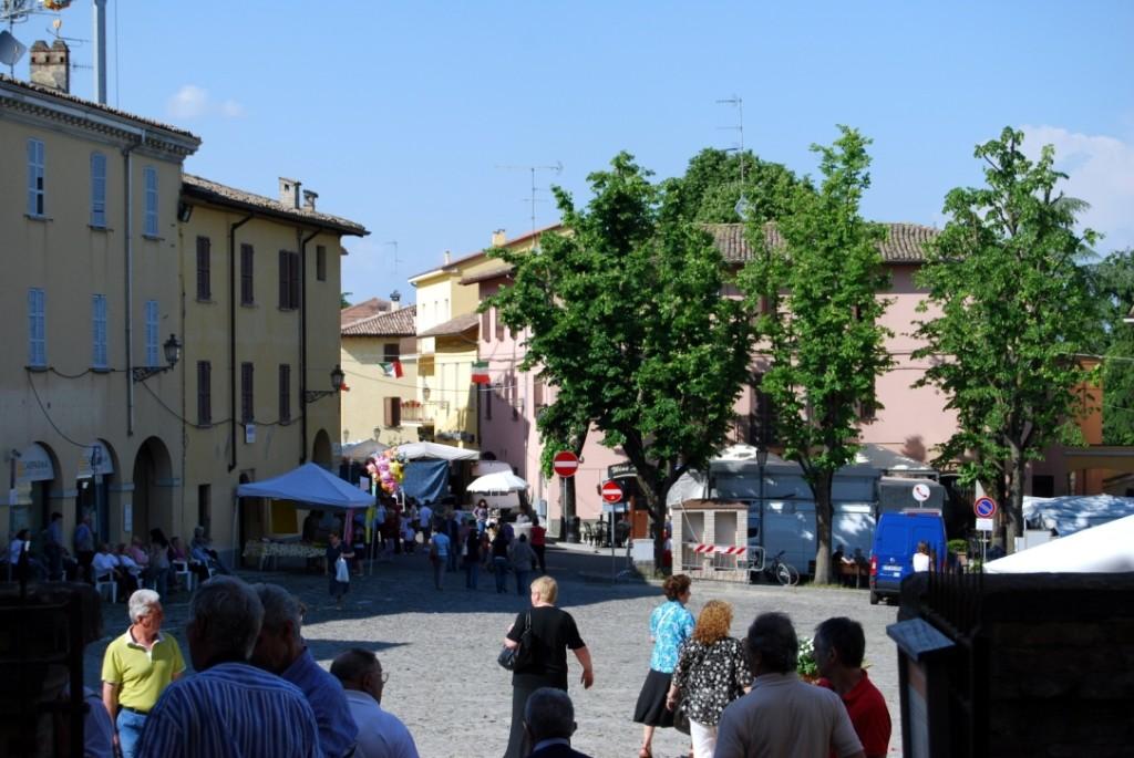 La Piazza vista dalla Rocca di Sala Baganza