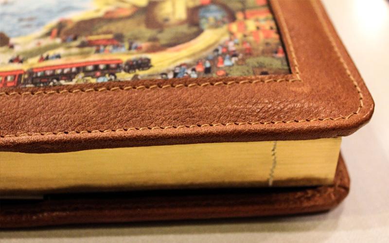 Agenda in vera pelle lavorazione artigianale con inserto in seta Napoli Portici 1839