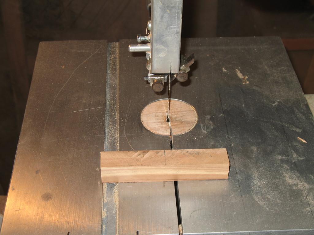 Holzkantel mittig anzeichnen