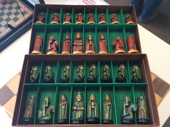 Barbarossa-Schachfiguren - ein Schmuckstück aus Konrad Hauensteins Schachsammlung, die anlässlich des Schachtags präsentiert wurde.