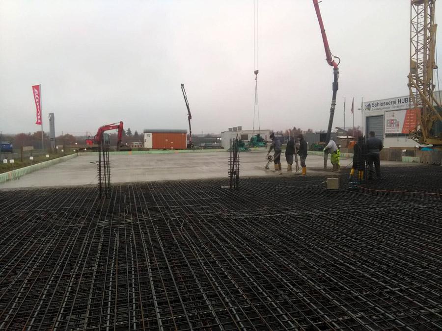 Betonieren Bodenplatte Gewerbebau in Appenweier