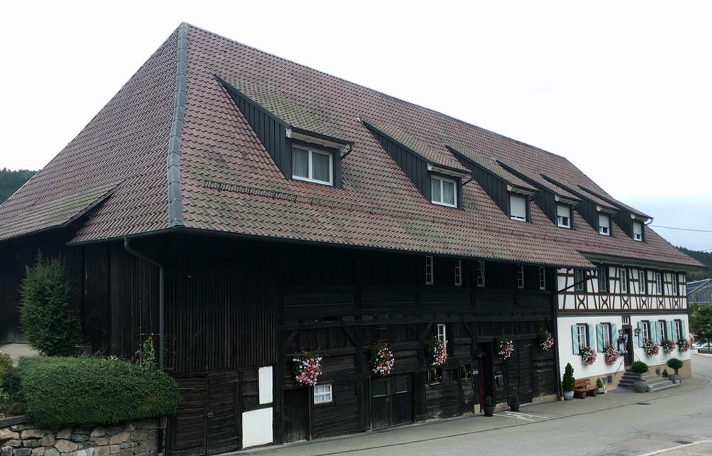 Umbau und Sanierung Gasthaus Drei Schneeballen in Hofstetten