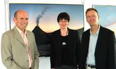 Dr. Joachim Wolf, Bürgermeister, Eva Rogal, 2. Vorsitzende des Kunstvereins Korntal-Münchingen, Michael Krähmer (v.l.n.r.)