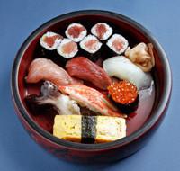 fatty tuna、tuna、whitefish、clam or saury、crab、egg、salmon roe