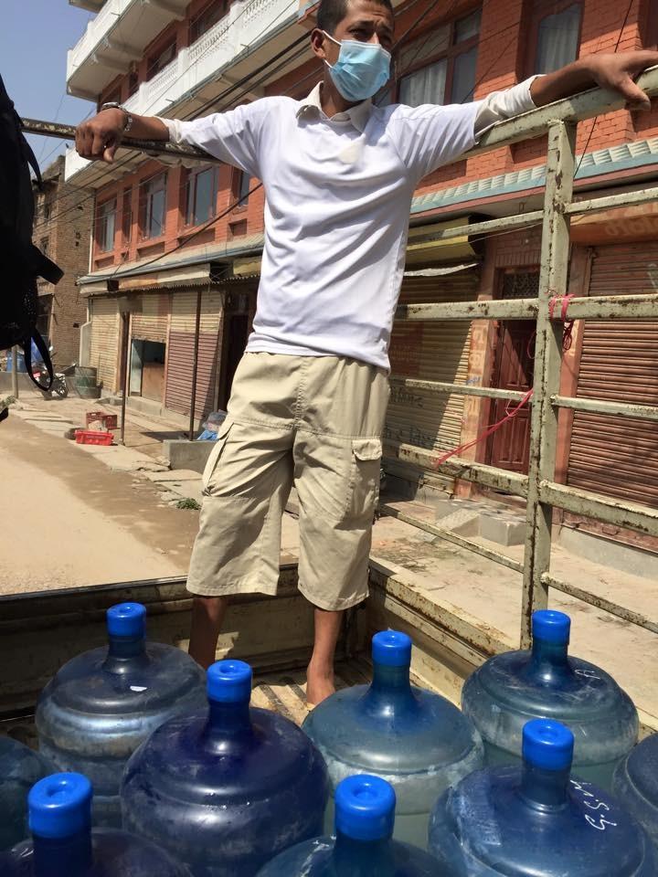 Plusieurs jeunes Népalais sont engagés avec les Valaisans