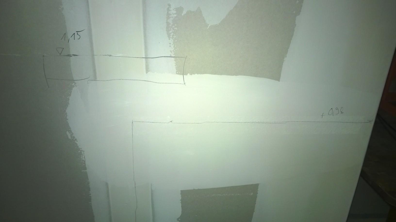 Erste Skizzen und Angaben für die Theke,  an der Wand ...