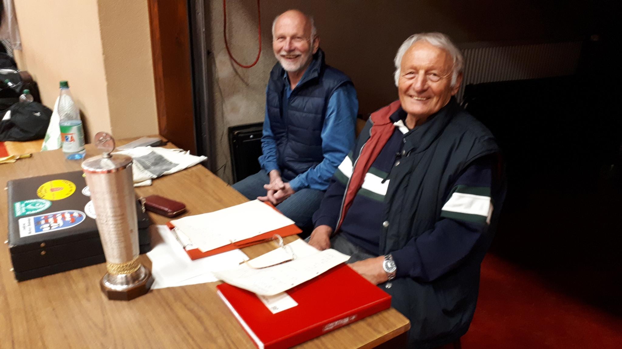 Turnierdirektor Sigi mit Assistent Werner