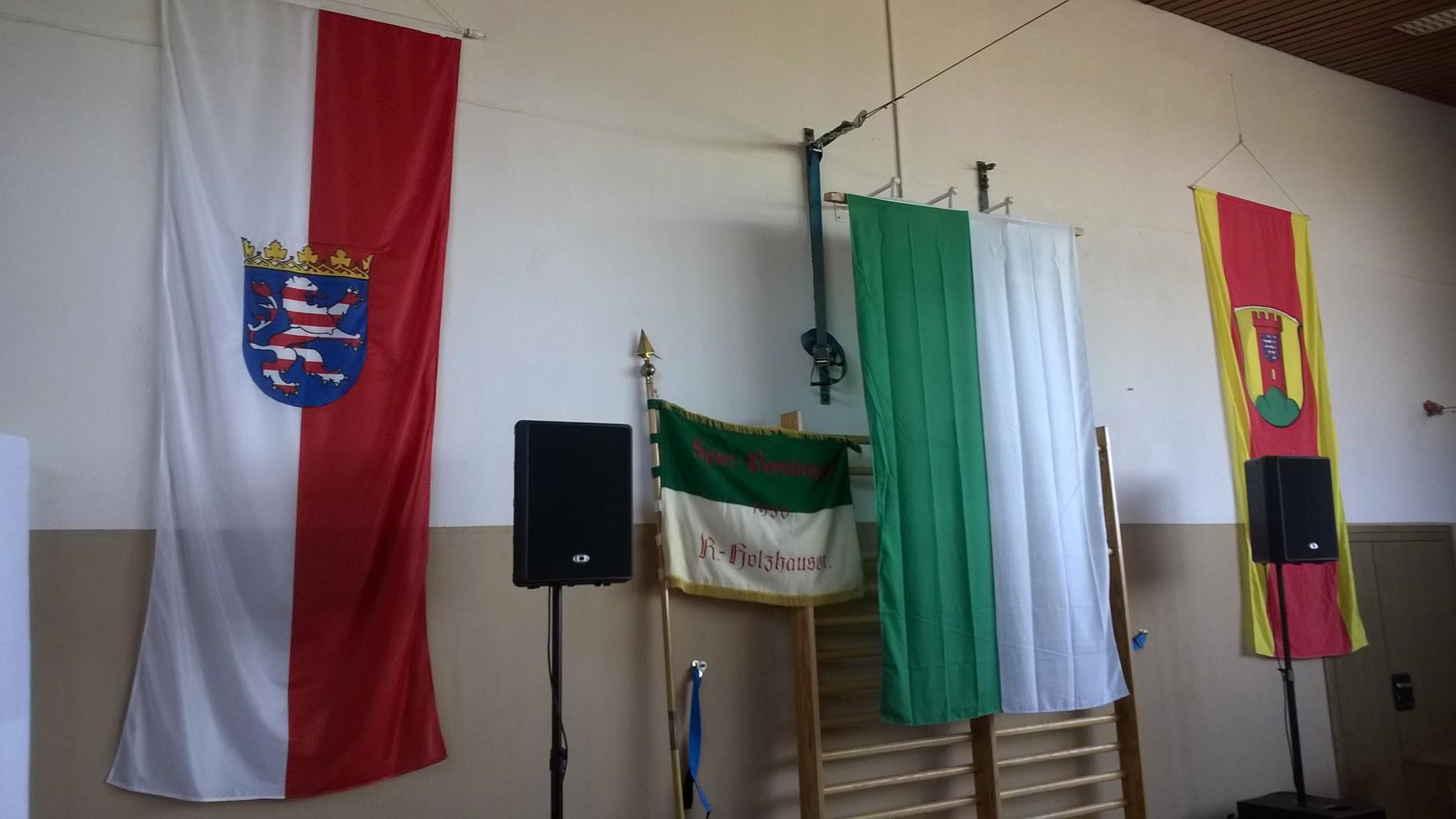 Flaggenparade zum Jubiläum