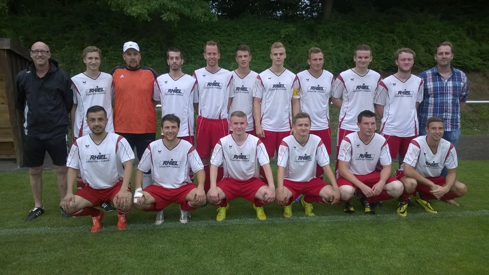 RSV Roßdorf (Sieger Gruppe A) behält mit 4:0 die Oberhand im 2. Halbfinale
