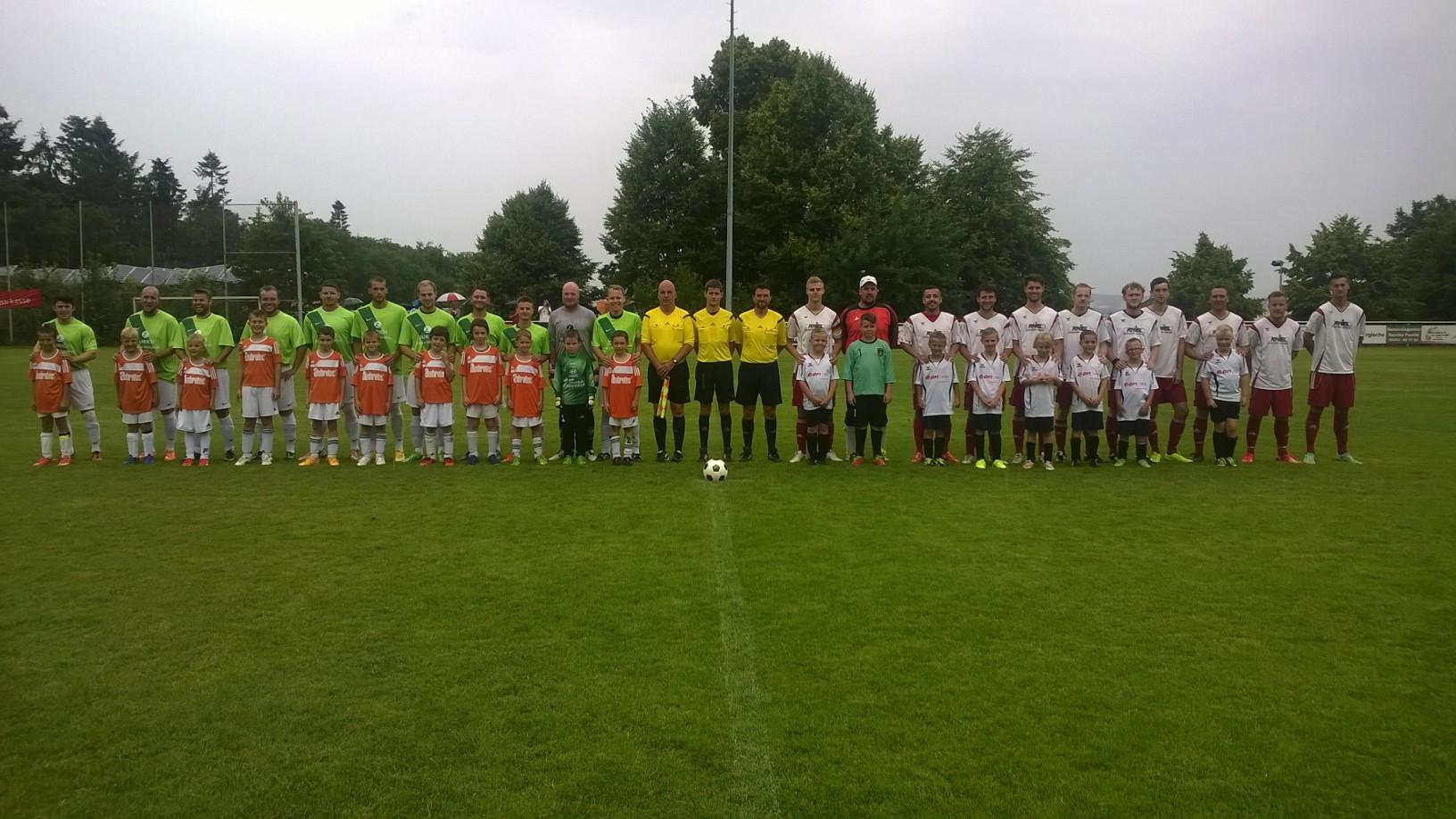 Zum Turnierende das Derby RSV Roßdorf gegen die Spvgg. Rauischholzhausen