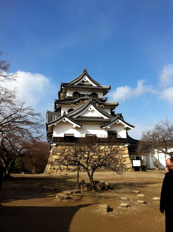 リサイクル城と言われる「彦根城」