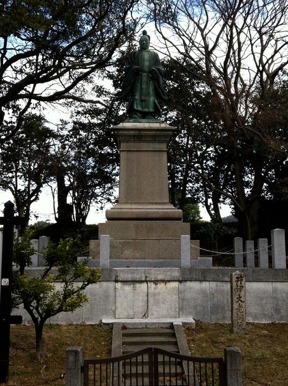 桜田門外で暗殺された大老、井伊直弼さんの銅像