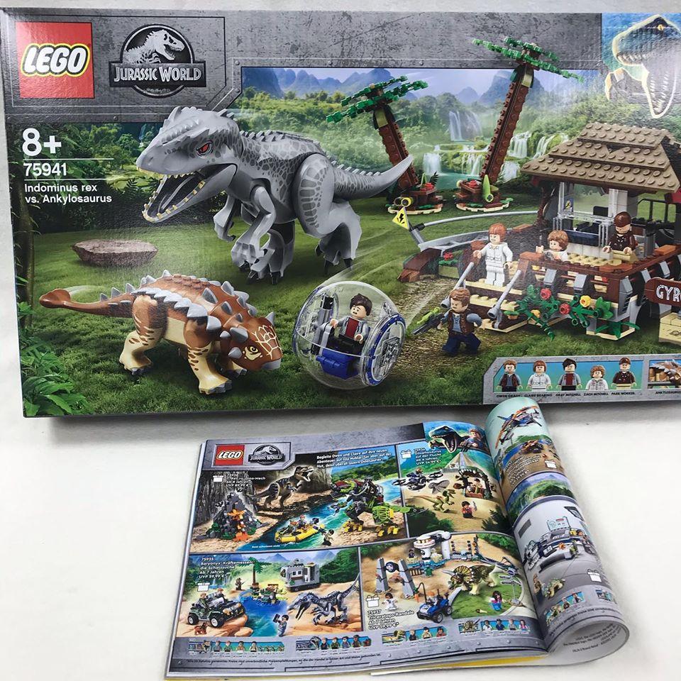 LEGO Jurassic World - T-Rex gegen Indominus Rex